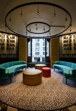 Estudio b76 Arquitectura Interior, Decoración y Equipamiento Hotel Pestana CR7 Gran Vía Madrid